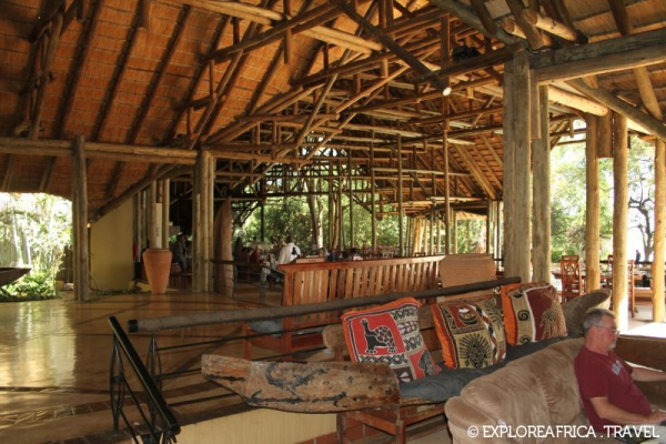 chobe_safari_lodge_visitors_lounge-800x533