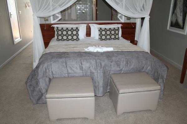 bedroom_at_chobe_bush_lodge-800x533