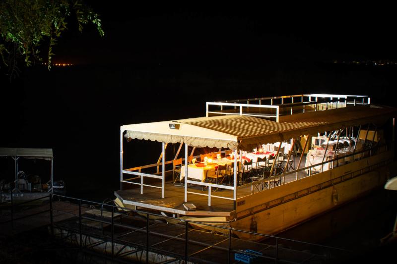 Chobe dinner cruise
